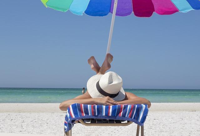 relax pod slunečníkem