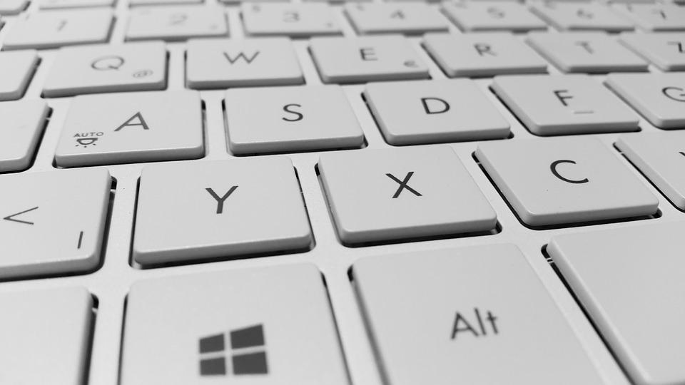 klávesnica, klávesy
